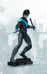BATMAN ARKHAM CITY NIGHTWING STATUE